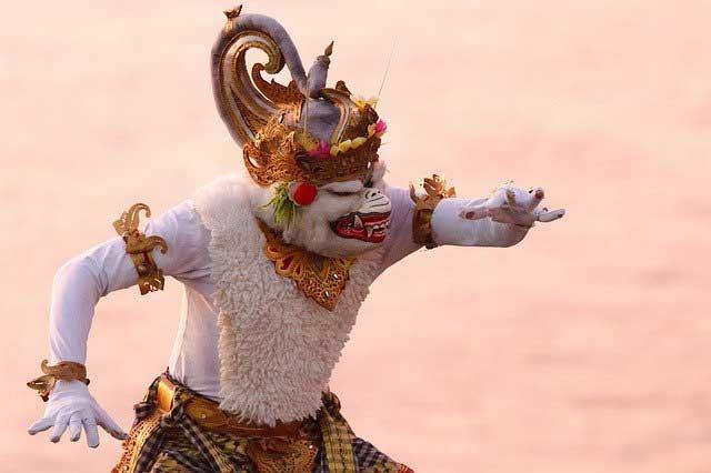 बाली द्वीप के रामायण मञ्चन में हनुमान की छवि