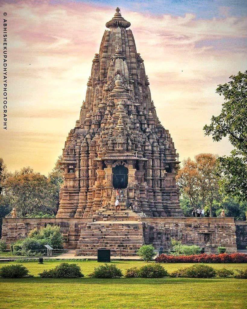 Hindu Temple (c) Abhishek Upadhyay Photography