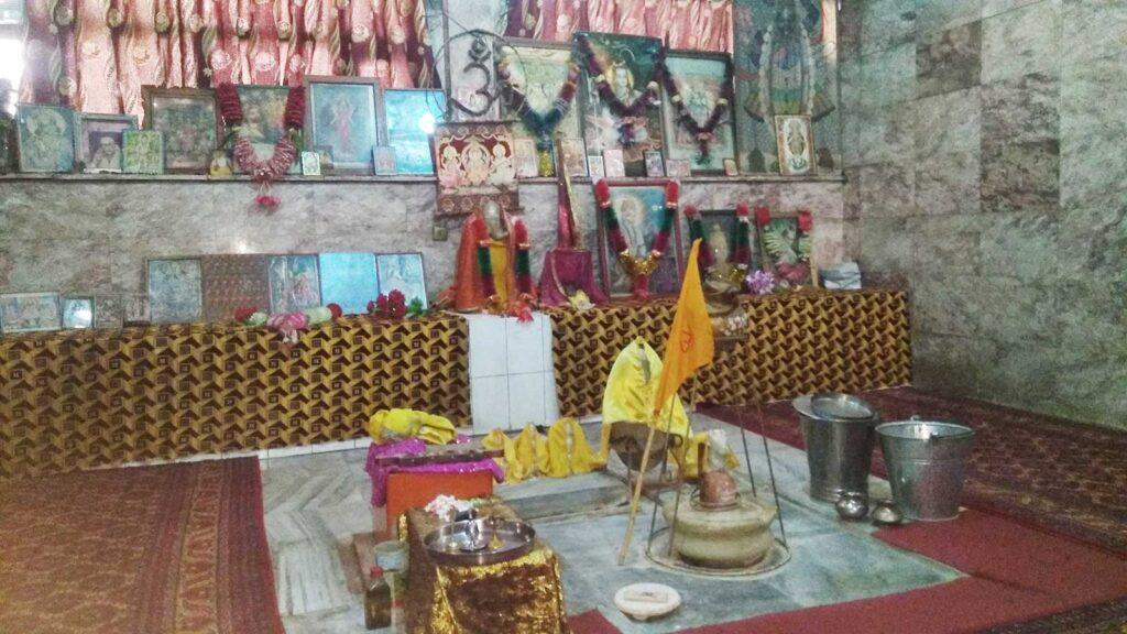 Peer Rattan Nath Temple